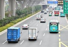 estrada de condução ocupada Imagem de Stock Royalty Free