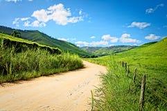 Estrada de exploração agrícola Fotografia de Stock Royalty Free