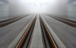 Estrada de ferro aproximadamente a descolar Fotos de Stock