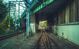 Estrada de ferro da perspectiva no Tóquio Foto de Stock Royalty Free