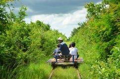 Estrada de ferro de bambu, Battambang, Camboja 5 de setembro de 2015 Fotos de Stock Royalty Free