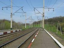 Estrada de ferro electrificada Fotos de Stock