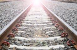 Estrada de ferro longa para o trem Fotografia de Stock
