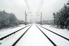 Estrada de ferro no inverno Imagens de Stock Royalty Free