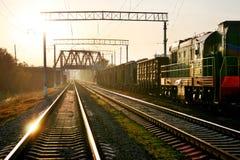 Estrada de ferro no por do sol Foto de Stock Royalty Free