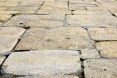 Estrada de pedra amarela foto de stock royalty free