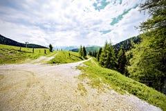 Estrada de terra em Áustria Fotos de Stock Royalty Free