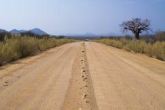 Estrada de terra em Namíbia Fotografia de Stock Royalty Free