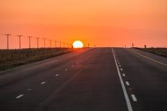 Estrada do alcatrão do asfalto em África do Sul Fotos de Stock