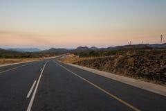 Estrada do alcatrão em África do Sul Foto de Stock