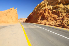 Estrada do deserto. Fotos de Stock Royalty Free