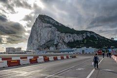 Estrada do espanhol La Linea de la Concepção a Gibraltar Imagens de Stock Royalty Free