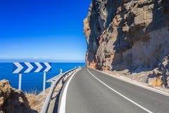 Estrada do litoral na ilha de Gran Canaria Fotografia de Stock Royalty Free
