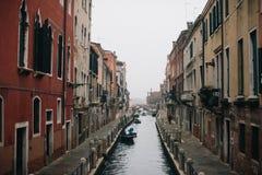 Estrada do rio de Veneza Fotos de Stock Royalty Free