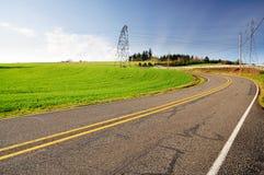 Estrada e céu bonitos Imagem de Stock Royalty Free