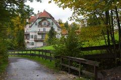Estrada e casa de hóspedes Foto de Stock