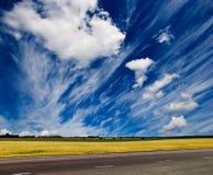 Estrada e paisagem Fotografia de Stock Royalty Free