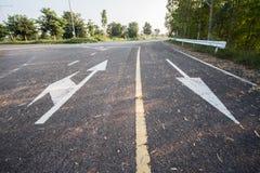 Estrada e sinal Imagens de Stock