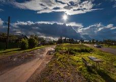 Estrada e sol Rússia foto de stock