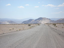 Estrada em Death Valley Fotografia de Stock Royalty Free