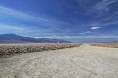 Estrada em Death Valley Foto de Stock Royalty Free
