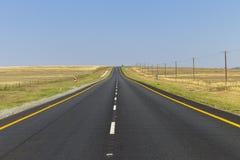 Estrada em linha reta Fotografia de Stock Royalty Free