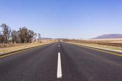 Estrada em linha reta Imagem de Stock Royalty Free