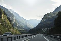 A estrada em Suíça Foto de Stock Royalty Free