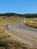 Estrada em um cume da montanha Imagens de Stock