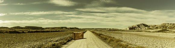 Estrada em uma paisagem do deserto imagem de stock