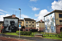 Estrada ensanguentado das parede-pinturas de domingo em Londonderry Imagens de Stock Royalty Free