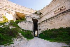 Estrada entre as rochas Imagem de Stock