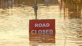Estrada fechado, devido às inundações Imagem de Stock