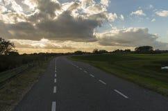 Estrada holandesa no por do sol Imagem de Stock Royalty Free