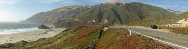 Estrada litoral de Califórnia em Sur grande Fotos de Stock Royalty Free