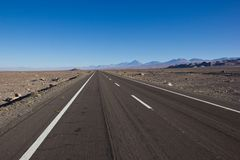 A estrada a mais longa em Ámérica do Sul/bandeja americana foto de stock