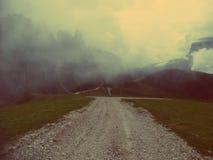 A estrada não tomada fotografia de stock