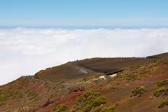 Estrada na lava congelada na cratera Foto de Stock Royalty Free