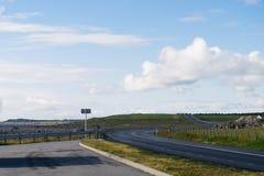 Estrada nacional 44 e litoral no sul Noruega foto de stock royalty free
