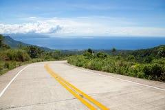 Estrada nas montanhas Foto de Stock Royalty Free