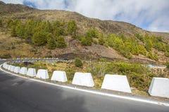 Estrada nas montanhas andes venezuela foto de stock