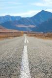 Estrada nas montanhas de Mongolia Fotos de Stock Royalty Free