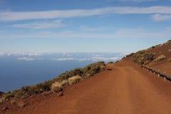 A estrada nas nuvens Imagens de Stock Royalty Free