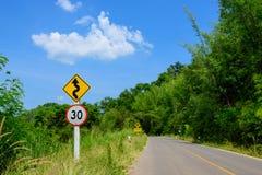 Estrada natural durante todo a excursão imagens de stock