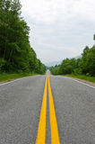 Estrada no cabo do parque nacional das montanhas bretãs Imagens de Stock