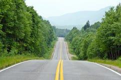 Estrada no cabo do parque nacional das montanhas bretãs Imagem de Stock