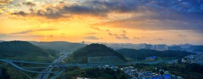 Estrada no nascer do sol Fotos de Stock Royalty Free