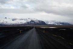 Estrada no vulcão islandês Fotografia de Stock