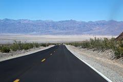 Estrada, o Vale da Morte Fotos de Stock
