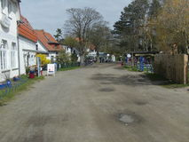 Estrada principal da vila de Kloster em Hiddensee Foto de Stock Royalty Free